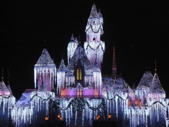 Disneyland-christmas-castle-hd-wallpapers